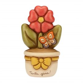 Flowerpot ornament with primrose