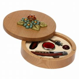 Country ladybird wine set with pourer, corkscrew and stopper