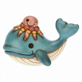 Balena con simpatica medusa