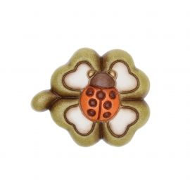 Magnet with four-leaf clover