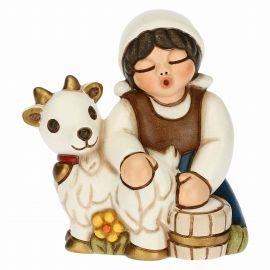 Presepe Classico woman milking goats